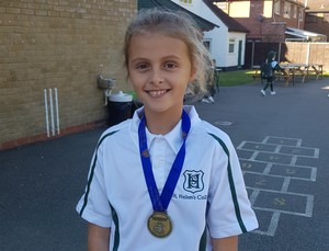 18 10 10 borough cross country champion zoe