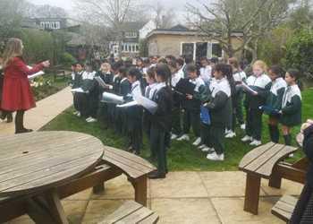 20 03 19 Outdoor Choir